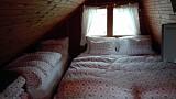 poschodie - 4 postele + sedačka vhodná ako prístelka